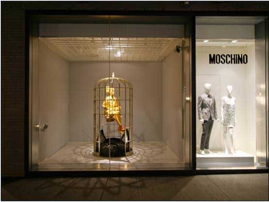 Moschino Window Displays - October 2012‏ -2