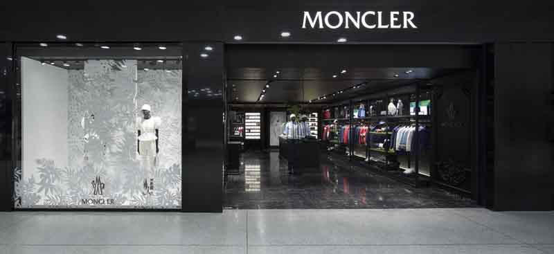 Moncler opens new boutique in milano malpensa airport for Showroom moncler milano