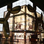 World's Largest H&M Store Opens at Fifth Avenue